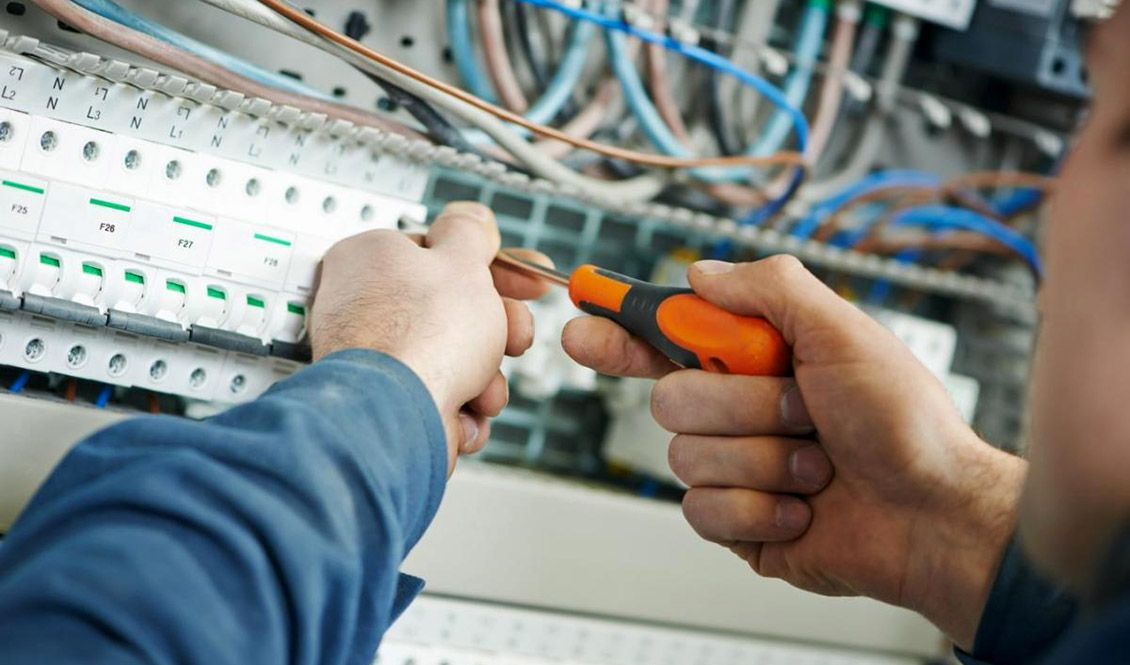 Electricistas Sevilla realiza instalaciones eléctricas